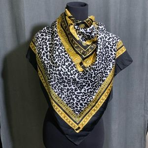 Made In Italy Gilded Animal Print Scarf